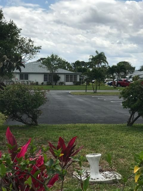 Co-op / Condominio por un Venta en 1142 Circle Terrace W Delray Beach, Florida 33445 Estados Unidos