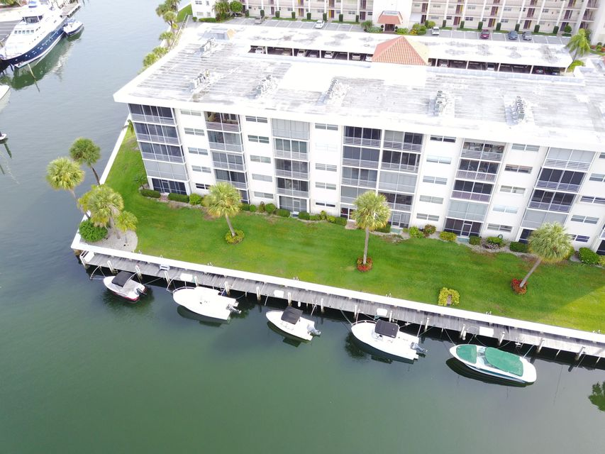 Co-op / Condo for Sale at 21 Yacht Club Drive 21 Yacht Club Drive North Palm Beach, Florida 33408 United States