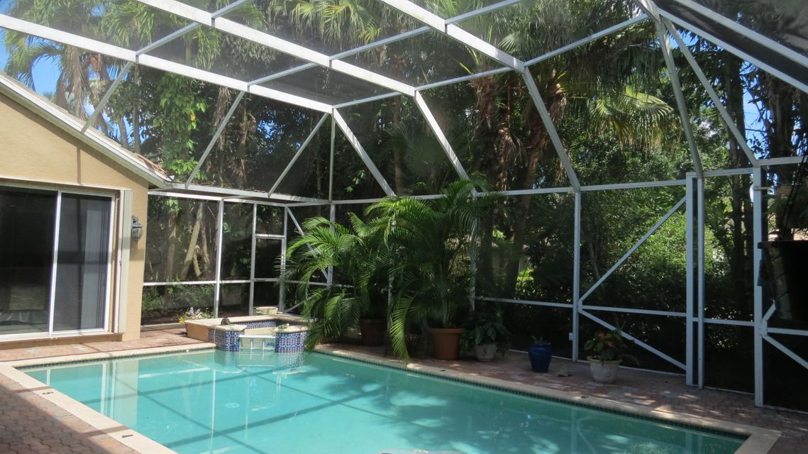 10126 Diamond Lake Road, Boynton Beach, FL 33437