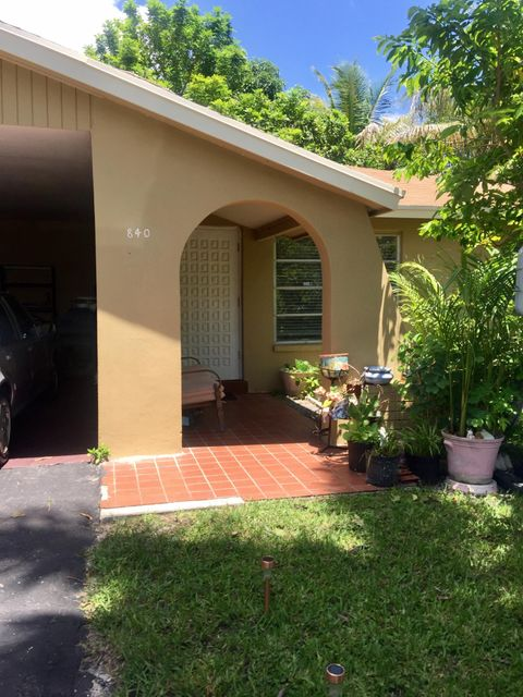 840 Azalea Drive, West Palm Beach, FL 33411