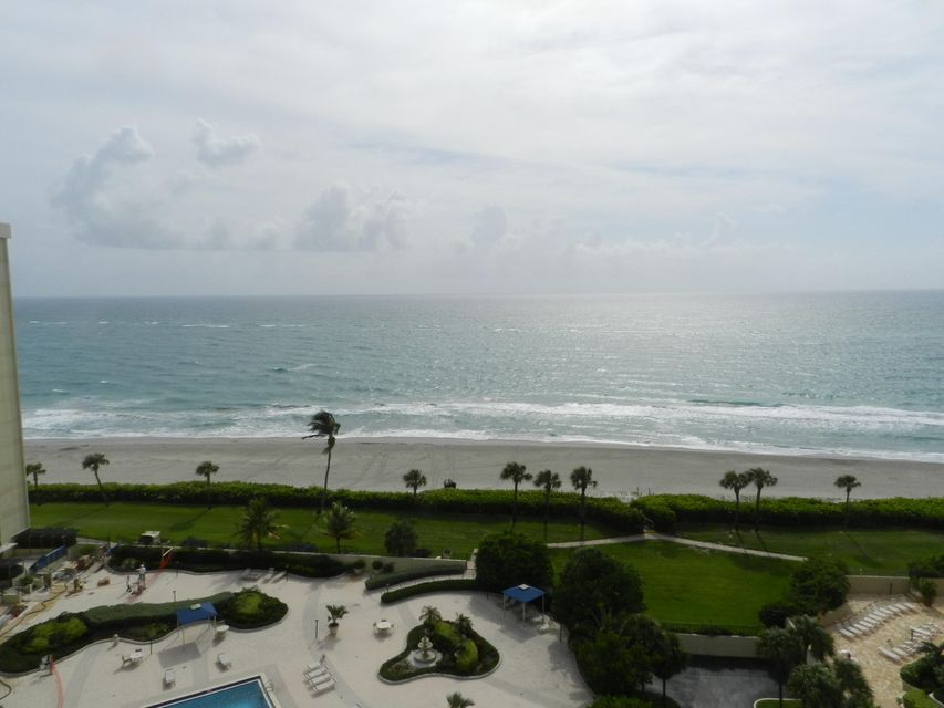 Additional photo for property listing at 200 Ocean Trail Way 200 Ocean Trail Way Jupiter, Florida 33477 United States