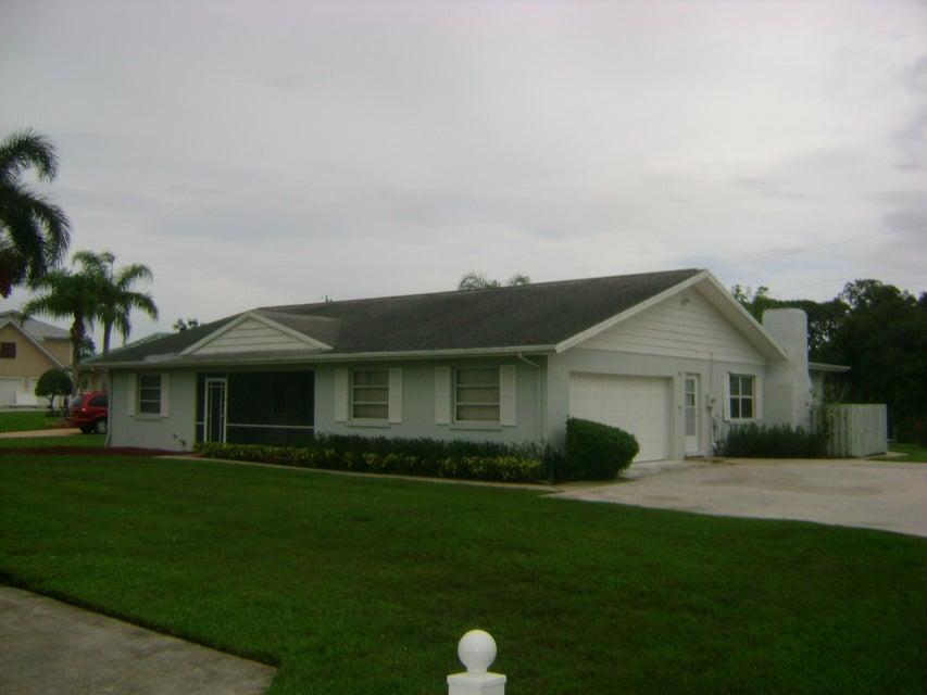 Single Family Home for Rent at 481 SW Pine Tree Lane 481 SW Pine Tree Lane Palm City, Florida 34990 United States
