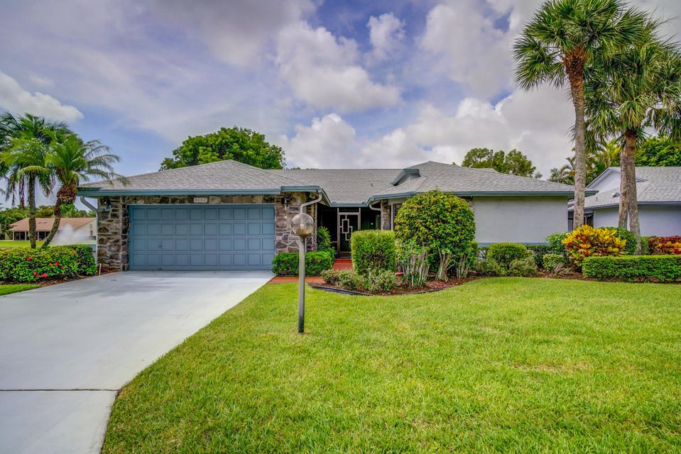 5662 Willow Creek Lane, Delray Beach, FL 33484