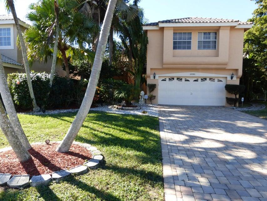 10381 Buena Ventura Drive SE, Boca Raton, FL 33498