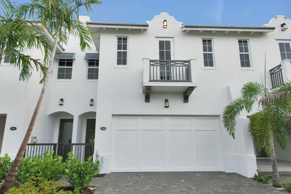 Maison accolée pour l Vente à 1125 Kingston Lane 1125 Kingston Lane Delray Beach, Florida 33483 États-Unis