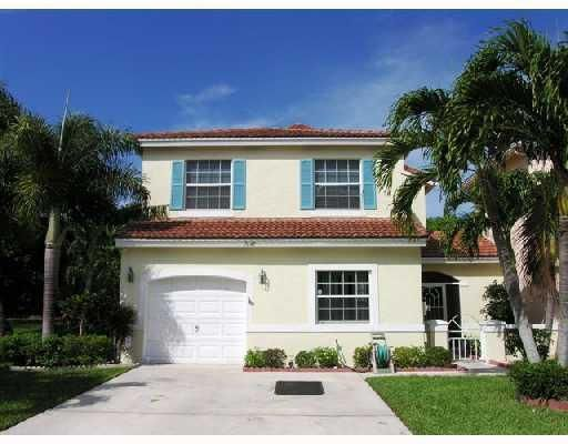 Townhouse for Sale at 7649 Edisto Drive Lake Worth, Florida 33467 United States