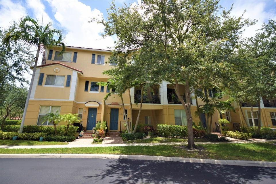 3136 N Oasis Drive N 3136, Boynton Beach, FL 33426