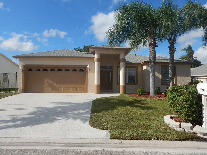1196 Hatteras Circle, West Palm Beach, FL 33413