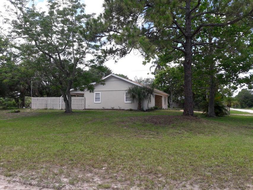 Additional photo for property listing at 8795 101st Court  维罗海滩, 佛罗里达州 32967 美国