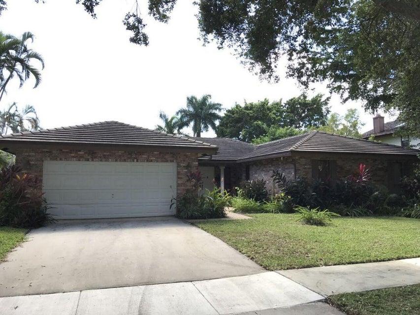 3432 Pine Haven Circle, Boca Raton, FL 33431