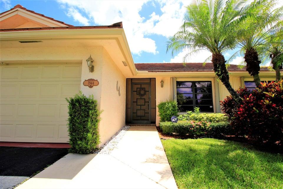 7944 Cloverfield Circle, Boca Raton, FL 33433