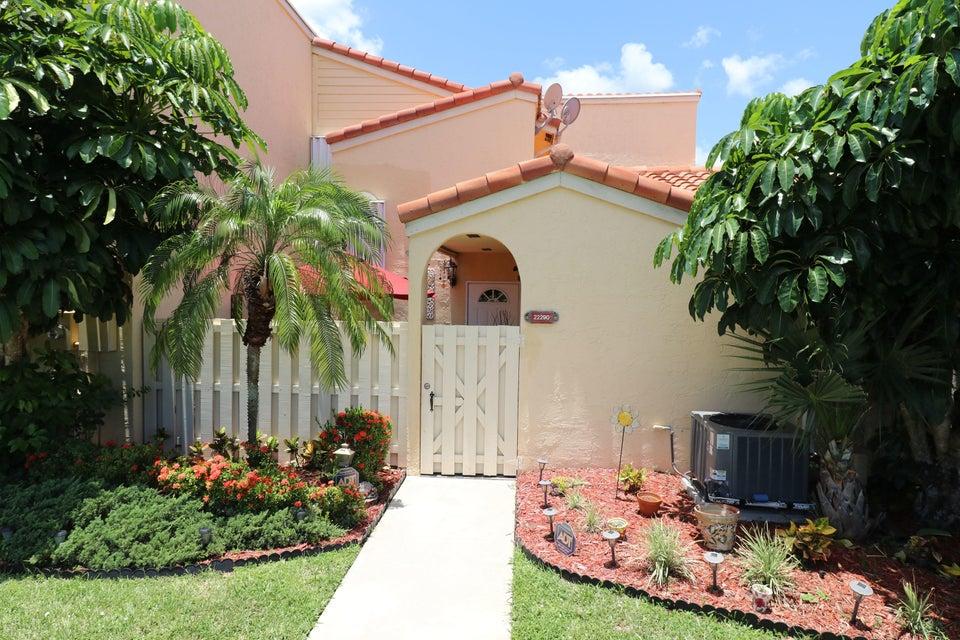 22290 Pineapple Walk Drive, Boca Raton, FL 33433