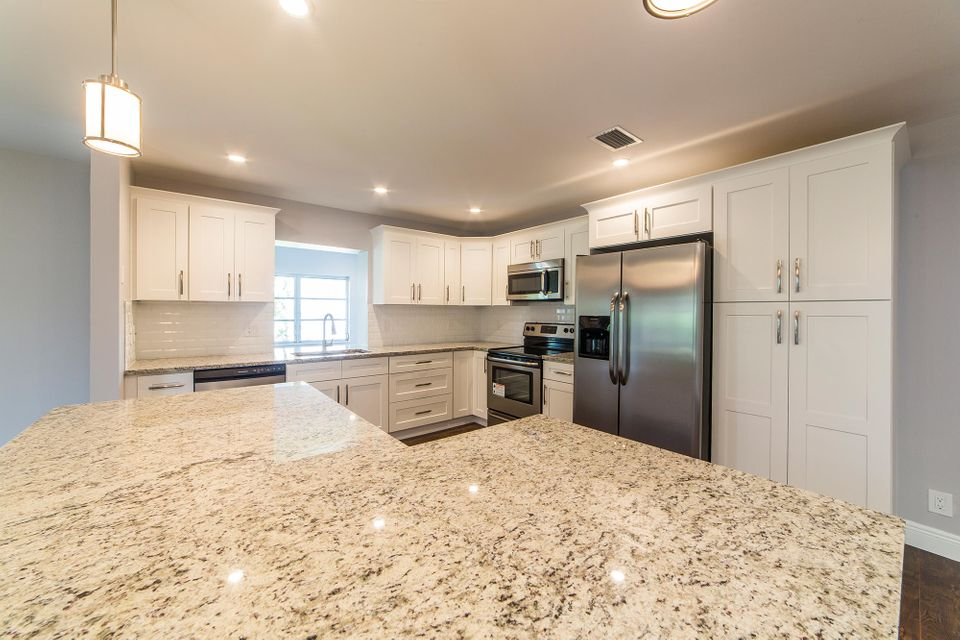 6188 Overland Place, Delray Beach, FL 33484