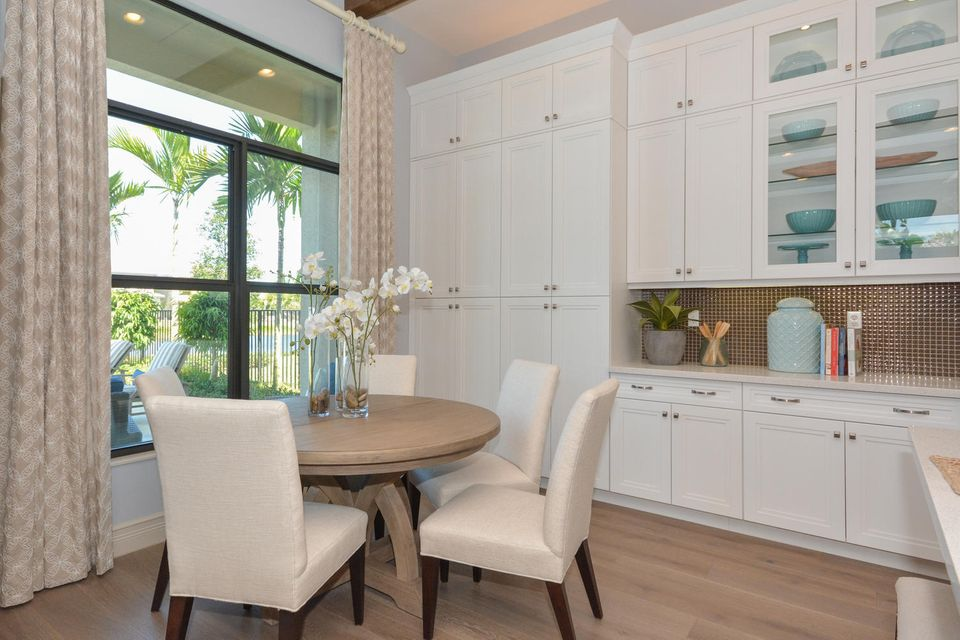 Additional photo for property listing at 16178 Pantheon  Delray Beach, Florida 33446 États-Unis