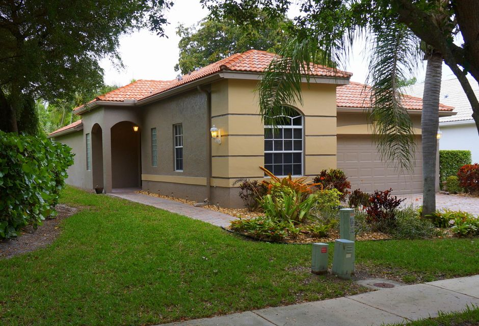 10462 Copper Lake Drive, Boynton Beach, FL 33437