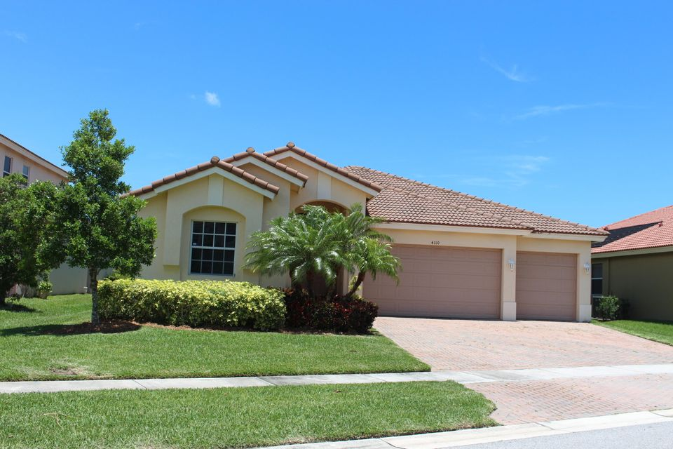4110 Silverstone Drive, Fort Pierce, FL 34947