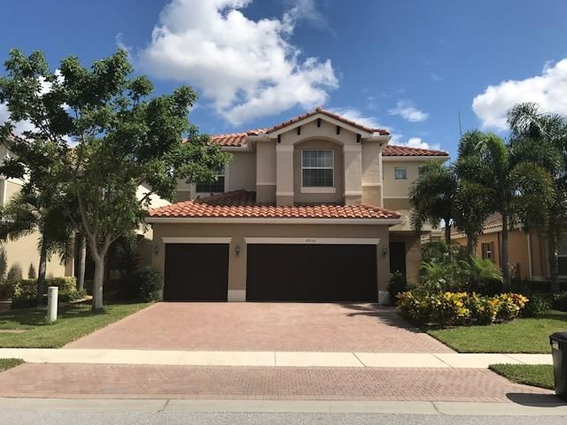 8512 Serena Creek Avenue, Boynton Beach, FL 33473