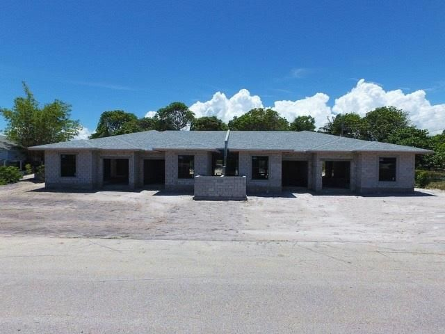 2521 Oceanview Avenue B, Delray Beach, FL 33444