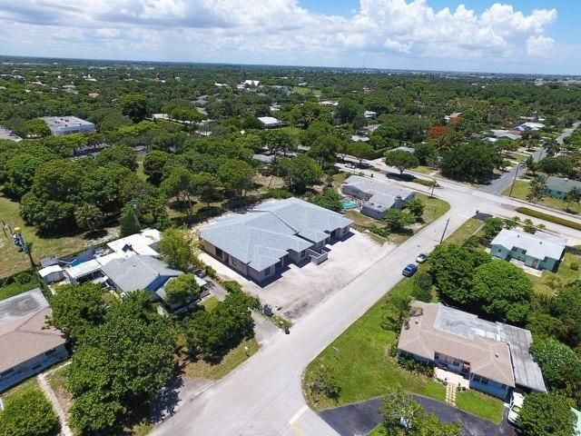 Additional photo for property listing at 2521 Oceanview Avenue 2521 Oceanview Avenue Delray Beach, Florida 33444 Vereinigte Staaten