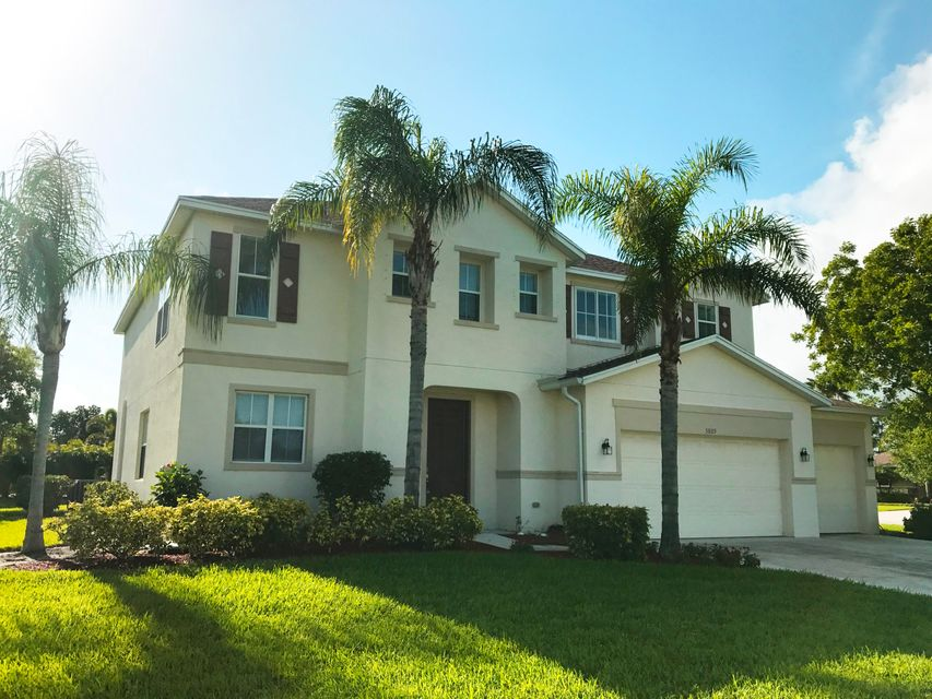 5809 NW Windy Pines Lane, Port Saint Lucie, FL 34986