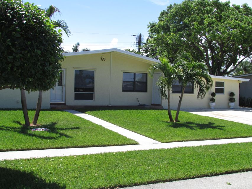 Additional photo for property listing at 809 S 9th Street  Lantana, Florida 33462 Estados Unidos