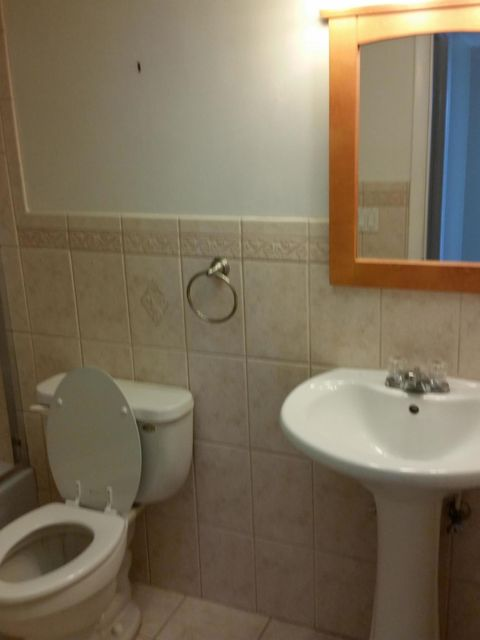 Additional photo for property listing at 480 Executive Center Drive  西棕榈滩, 佛罗里达州 33401 美国