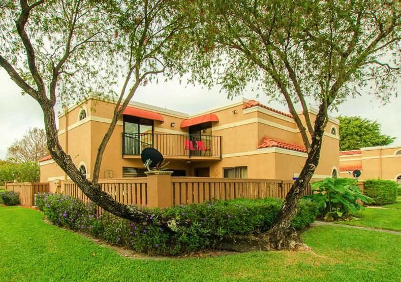 8255 Thames Boulevard B, Boca Raton, FL 33433