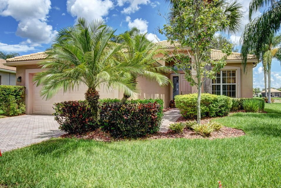 6817 Watertown Drive, Boynton Beach, FL 33437