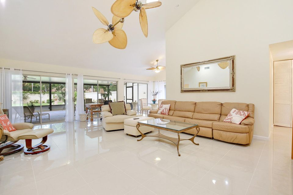 Additional photo for property listing at 369 River Edge  Jupiter, Florida 33477 United States