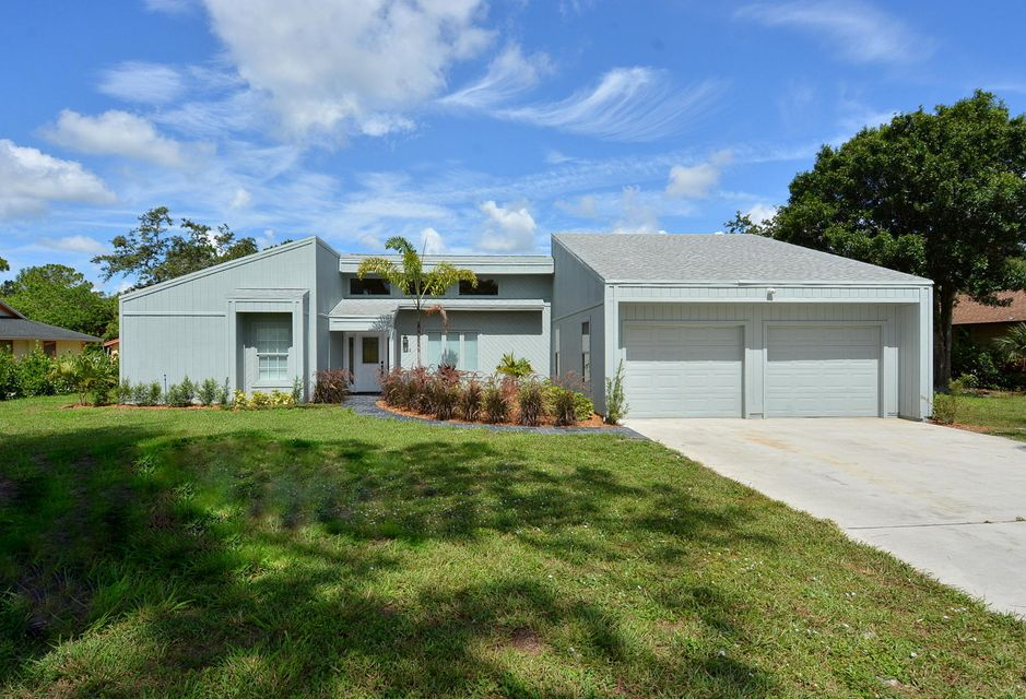 Additional photo for property listing at 1132 SW Willow Lane 1132 SW Willow Lane Palm City, Florida 34990 États-Unis