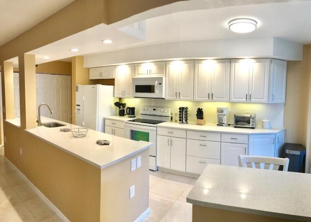 Cooperativa / condomínio para Venda às 110 Half Moon Circle Hypoluxo, Florida 33462 Estados Unidos