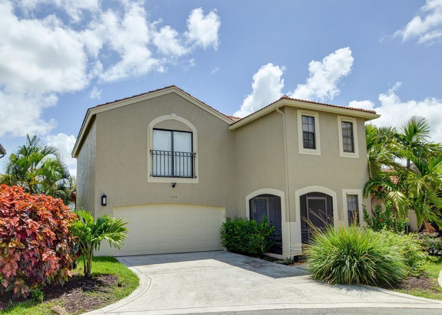 1734 Harborside Circle, Wellington, FL 33414