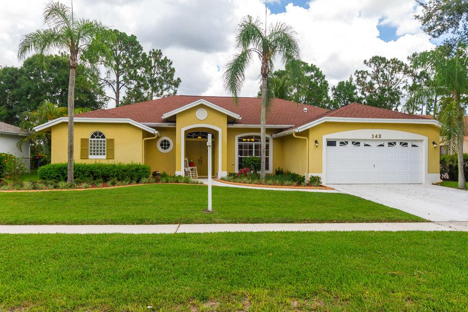 142 Lexington Drive  Royal Palm Beach, FL 33411