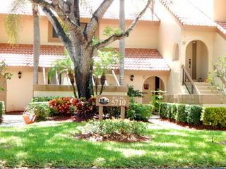 Co-op / Condo للـ Rent في 5710 Coach House Circle 5710 Coach House Circle Boca Raton, Florida 33486 United States