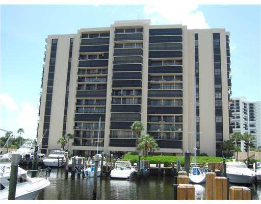 4748 S Ocean Boulevard NE 9a, Highland Beach, FL 33487