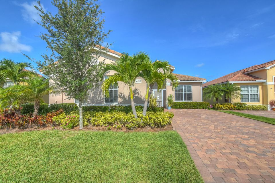 4178 NW Burr Oak Court, Jensen Beach, FL 34957