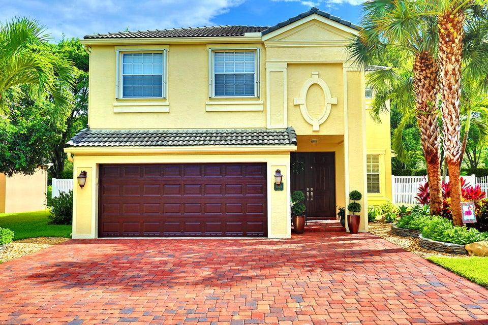 9050 Alexandra Circle  Wellington, FL 33414
