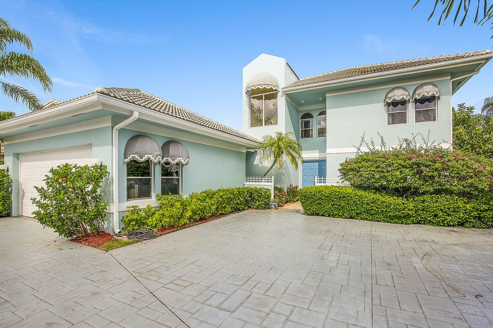 9733 Spray Drive West Palm Beach, FL 33411 photo 1