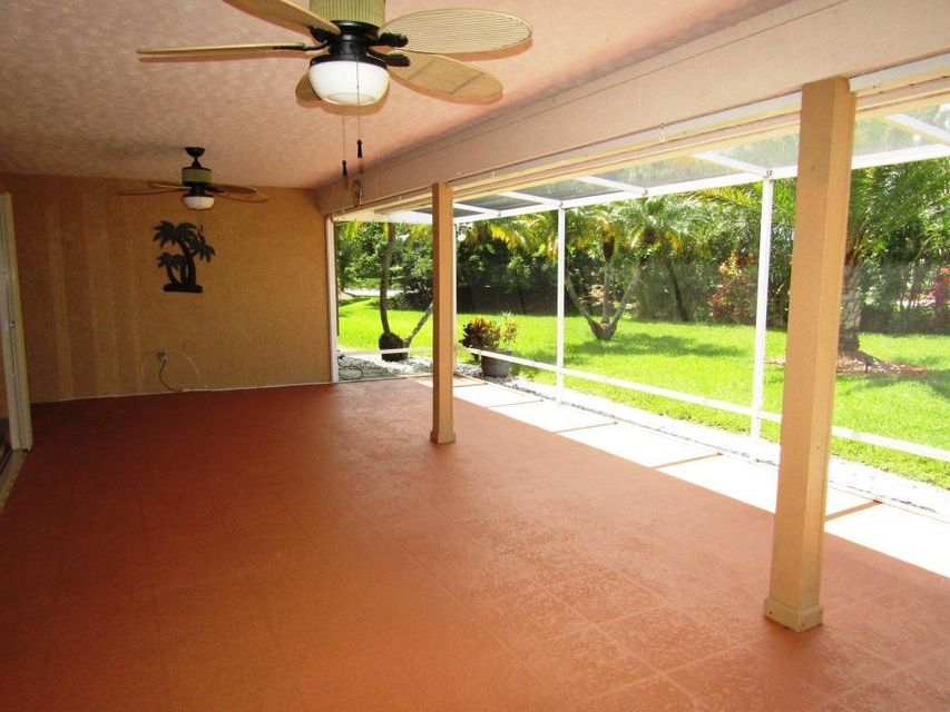 Additional photo for property listing at 1395 SW Bent Pine Cove 1395 SW Bent Pine Cove Port St. Lucie, Florida 34986 United States