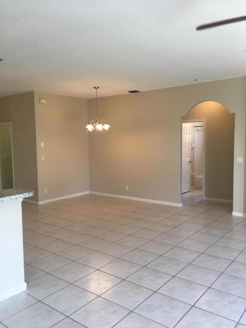Additional photo for property listing at 1316 Cape May Lane 1316 Cape May Lane Greenacres, Florida 33413 Vereinigte Staaten