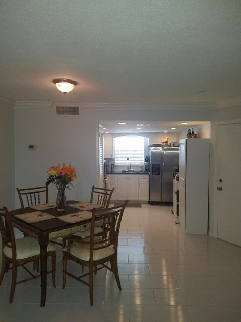 Additional photo for property listing at 117 Lehane Terrace 117 Lehane Terrace North Palm Beach, Florida 33408 États-Unis