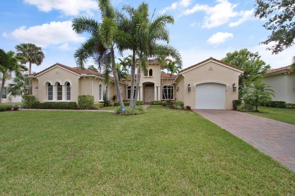 8281 SW Cattleya Drive, Stuart, FL 34997