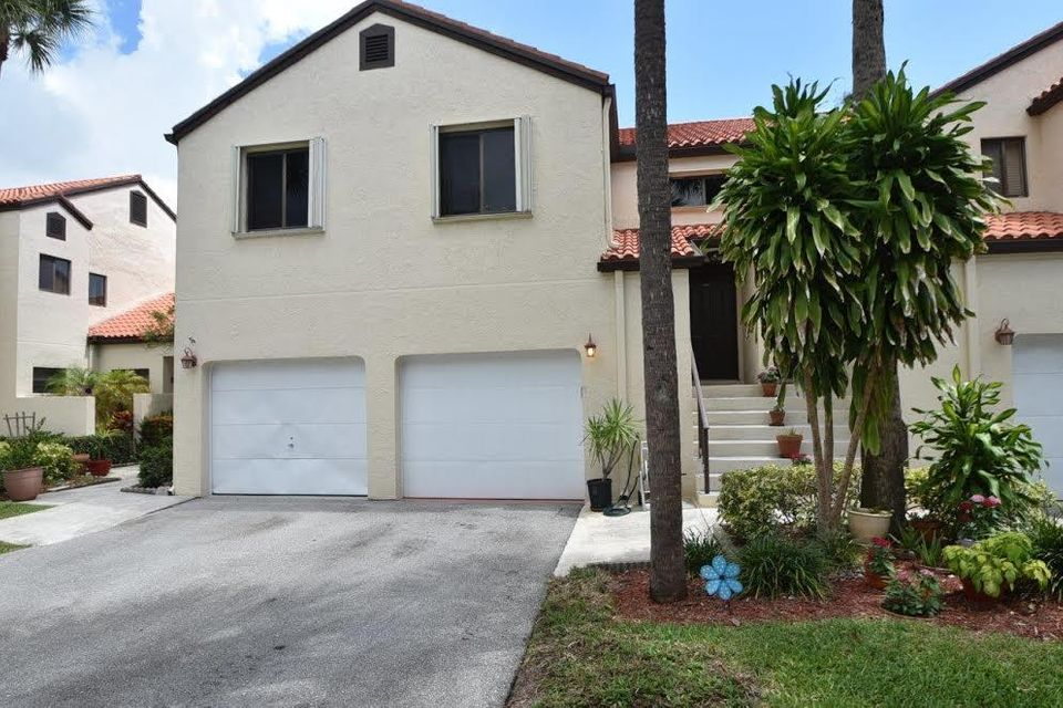 23  Via De Casas Sur  is listed as MLS Listing RX-10346507 with 23 pictures