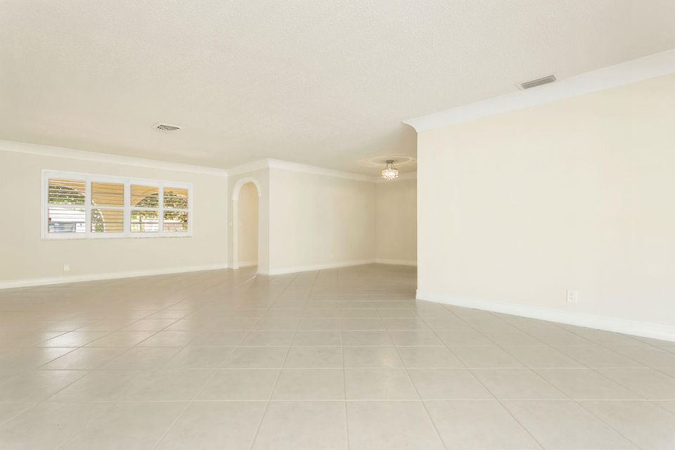 931 SW 17th Street Boca Raton, FL 33486 - photo 2