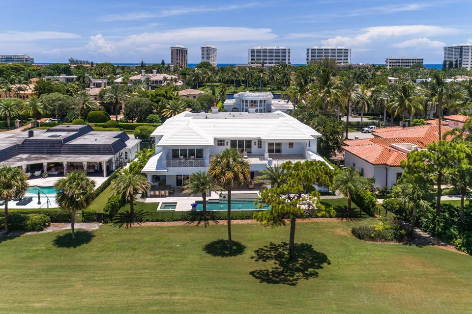 Additional photo for property listing at 1899 Royal Palm Way 1899 Royal Palm Way Boca Raton, Florida 33432 United States