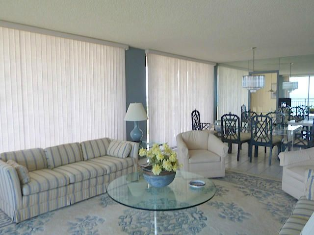 Additional photo for property listing at 3400 N Ocean Drive 3400 N Ocean Drive Singer Island, Florida 33404 United States