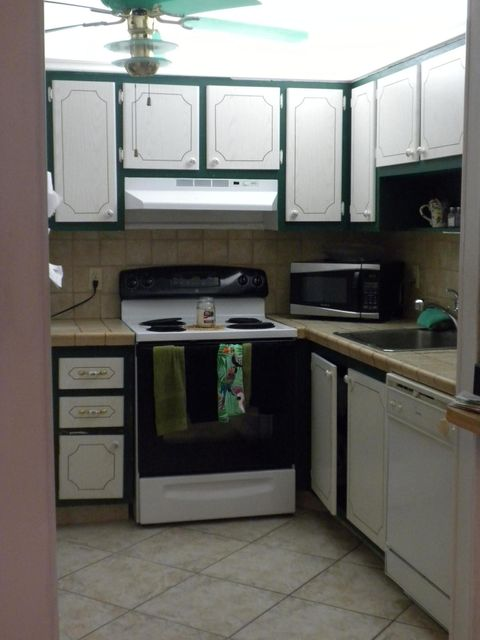 Additional photo for property listing at 51 Valencia C 51 Valencia C Delray Beach, Florida 33446 United States