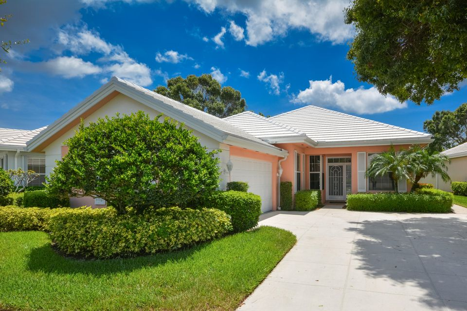 8624 Wakefield Drive , Palm Beach Gardens FL 33410 is listed for sale as MLS Listing RX-10346579 24 photos
