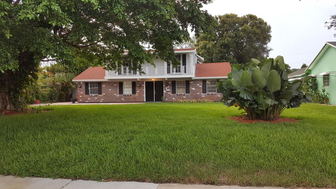 Single Family Home for Sale at 843 Northern Drive 843 Northern Drive Lake Park, Florida 33403 United States