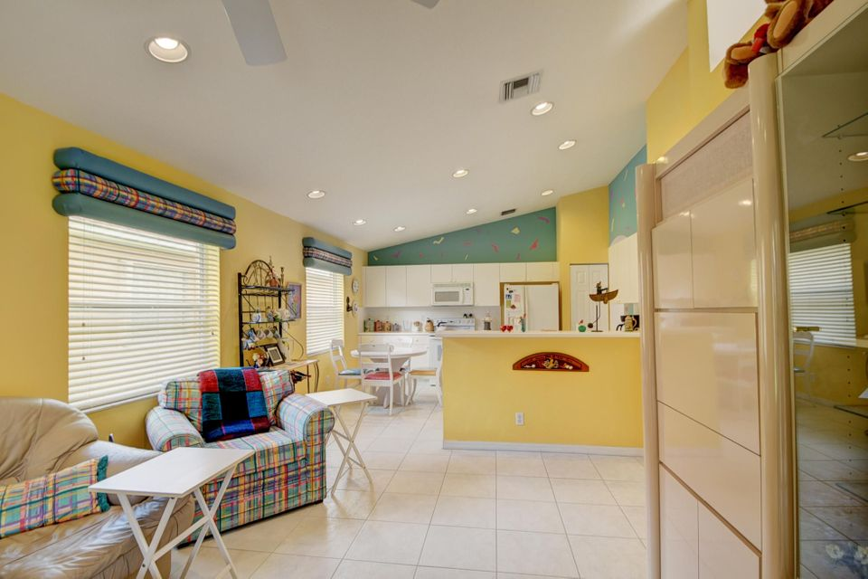 Additional photo for property listing at 13834 Via Nadina  Delray Beach, Florida 33446 United States